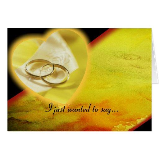 Sistema del resplandor de los anillos de oro felicitacion