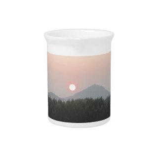 sistema del sol de la subida del sol jarra de beber