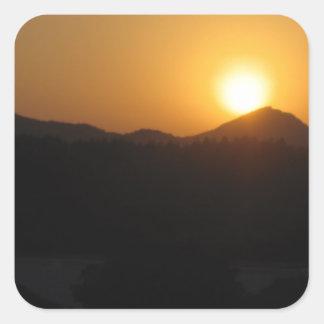 sistema del sol de la subida del sol pegatina cuadrada