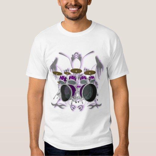Sistema del tambor y camiseta blanca tribal de las playera