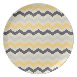 Sistema gris y amarillo de la cocina del zigzag de plato