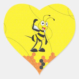 Sistema sonriente feliz amarillo lindo de la pegatina en forma de corazón
