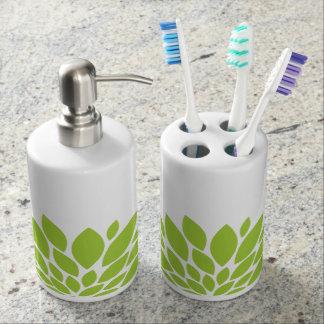 Sistema verde del fregadero del cuarto de baño de vasos para cepillos de dientes