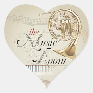 Sitio de la música de la trompa pegatina en forma de corazón