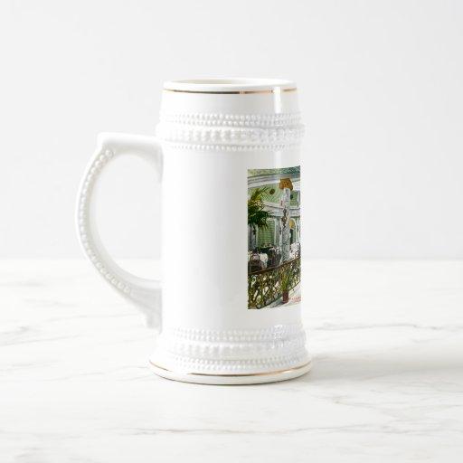 Sitio del té de la corte del laurel taza de café