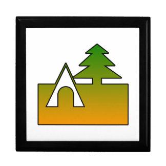 Sitio para acampar cajas de recuerdo