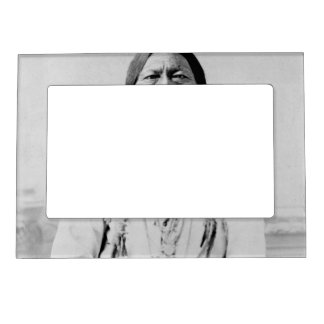 Sitting Bull Magnetic Picture Frame