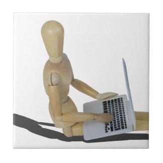 SittingOnFloorWithLaptop012915 Azulejo Cuadrado Pequeño