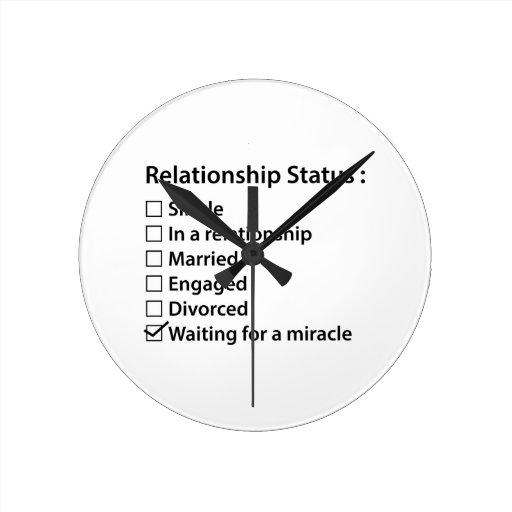 Situación de la relación reloj