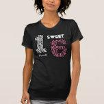 Sixteeen dulce nombre de encargo V0H de la cebra Camisetas