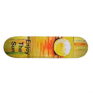 Skate broad,skate, the sun, enjoy the sun, yellow skateboard