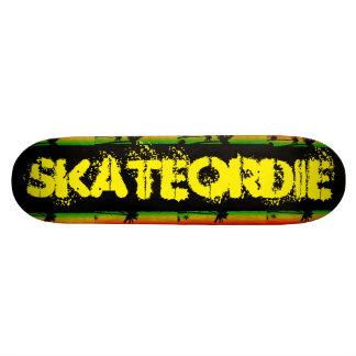 Skate OR Die Skateboarder Love Skateboard