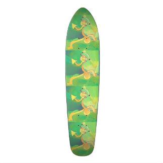 Skateboard Dancing Gardener Abstract Green / Gold