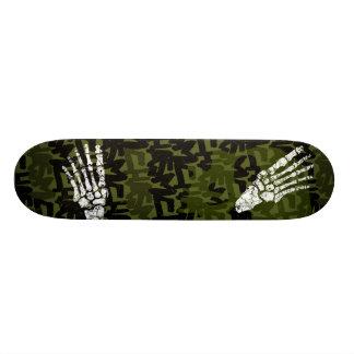 """skateboard_pro con los pies del esqueleto del abis patineta 7 1/4"""""""