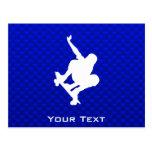 Skateboarding azul postal