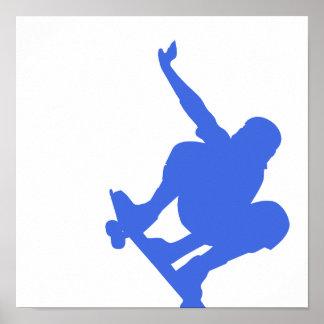 Skateboarding del azul real poster