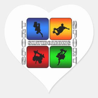 Skateboarding espectacular pegatina en forma de corazón
