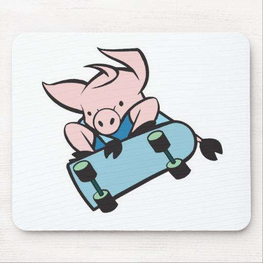 skateboarding pig mouse mats