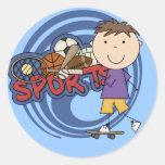 Skater del muchacho de los deportes - camisetas y pegatinas redondas