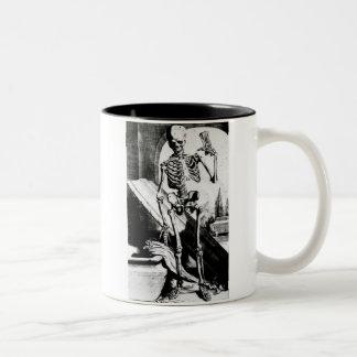 Skeleton Anatomia humani corporis Two-Tone Coffee Mug