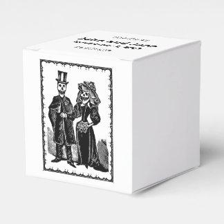 Skeleton Couple - Favor Box (Customize)