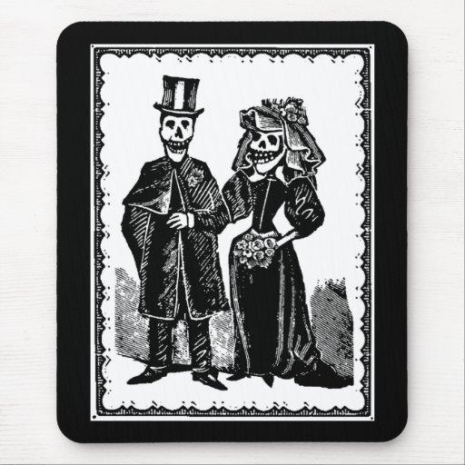 Skeleton Couple - Mousepad (Customize)