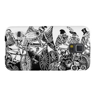 Skeleton Cyclists by José Guadalupe Posada Galaxy S5 Covers
