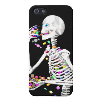 Skeleton Eating Halloween Candy iPhone SE/5/5s Cover