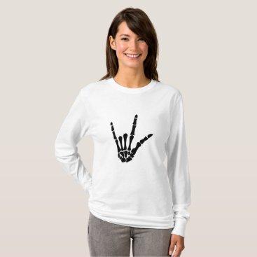 Halloween Themed Skeleton Love Hand Halloween Funny Gift T-Shirt