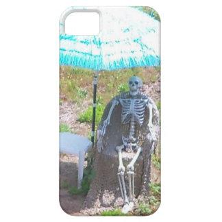"""Skeleton Under a Beach Umbrella"" Iphone 5 Case"