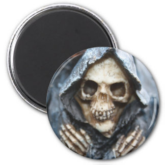 Skeleton With Black Hooded Cape Magnet