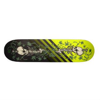 Skeleton's Garden Skateboard