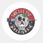 Skelley D diseña el logotipo Etiquetas Redondas