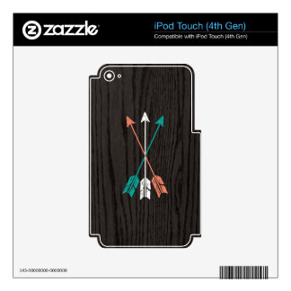 Sketched Arrows On Woodgrain iPod Touch 4G Decals