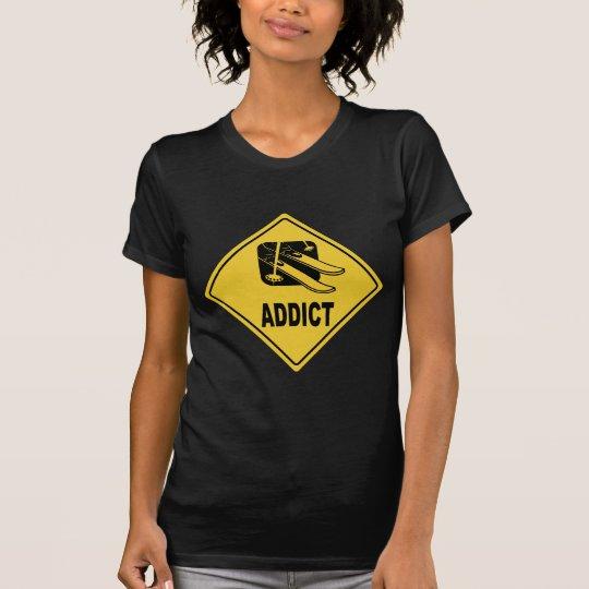 Skiing 4 T-Shirt