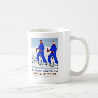 Skiing in NewYork Vintage Mug