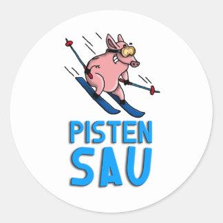 skiing pig
