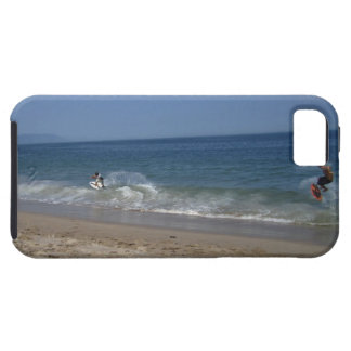 Skimboarders in the Surf iPhone SE/5/5s Case