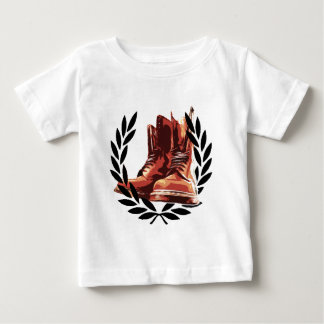 skins boots t shirt