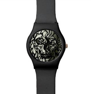Skull 4 watch