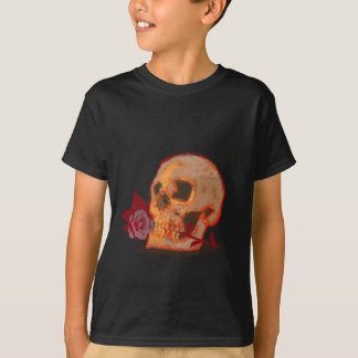 Skull and Red Rose design alternative art T-Shirt