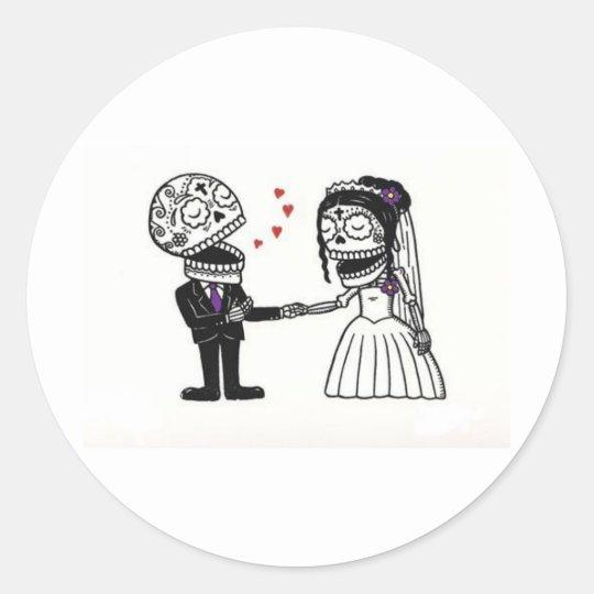Skull Bridal Couple Classic Round Sticker