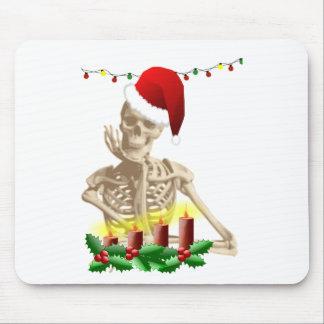 skull christmas mouse pad