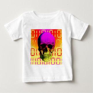 Skull circuit in a digital code. t shirt