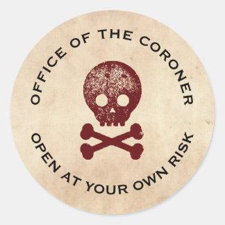 Skull & Cross Bone Halloween Label Classic Round Sticker