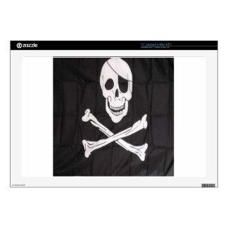 """skull crossbone skins for 17"""" laptops"""