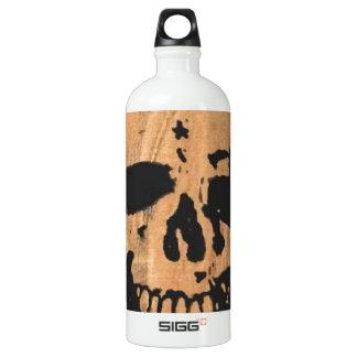 skull & crossbones no2. water bottle