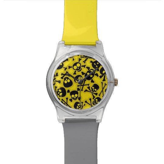 Skull & Crossbones Pattern Wristwatch