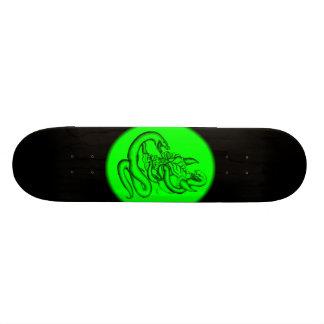 Skull - devil heads with queue skate deck