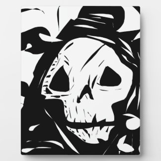 Skull Face Black White Creepy Plaque